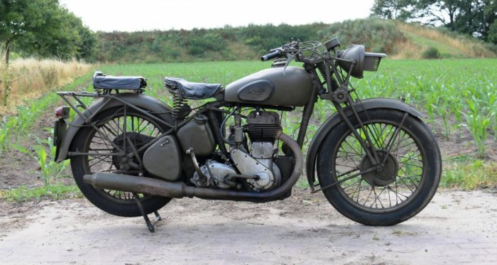 BSA WM20 1943 genuine wo2 bike